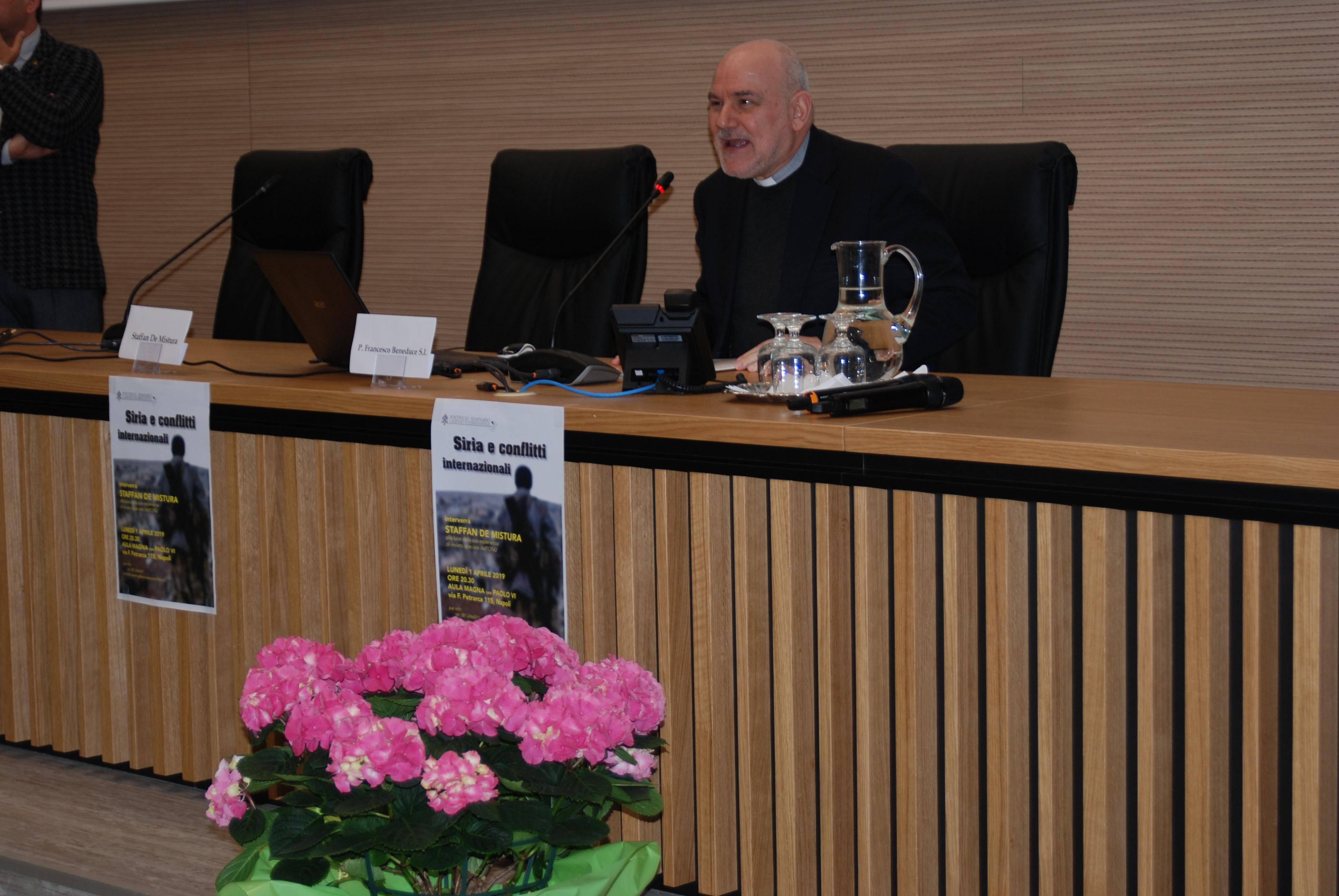 Staffan de Mistura in seminario (12)